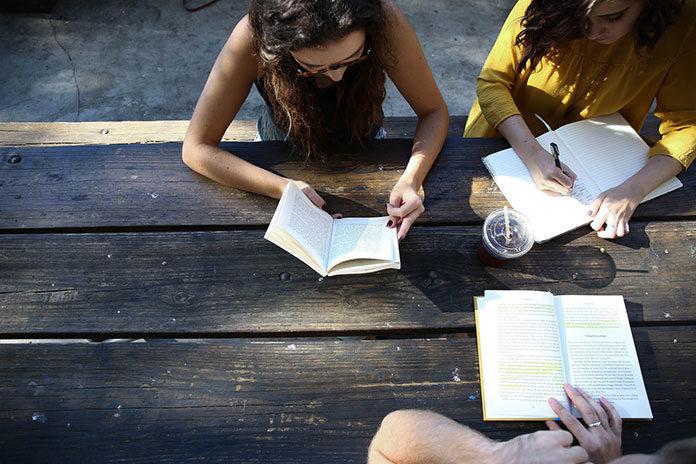 Zdobywanie wykształcenia