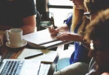 Jak odzyskać świadectwo pracy z nieistniejącego zakładu?